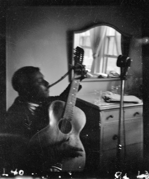 Blind Willie McTell with twelve-string guitar, Atlanta. Photo by Ruby Lomax. From the Library of Congress Prints and Photographs Division, Washington, D.C.
